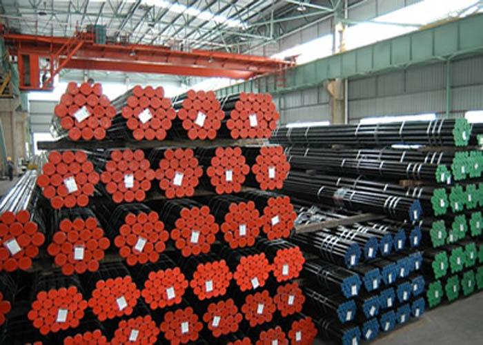 API 5L、API 5CT、ASTM A106 / A53、DIN 2391、EN10305、EN10210炭素合金シームレス鋼管